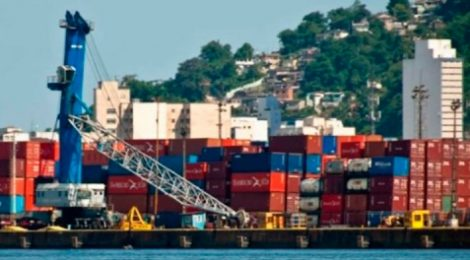 Movimentação no Porto de Santos recua no 2º trimestre de 2018, diz Antaq