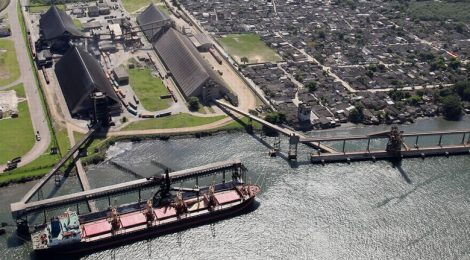 Prefeitura multa terminal portuário em R$ 170 mil por emissão de poluentes
