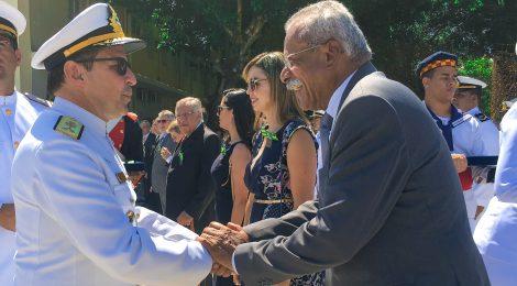 Diretor Presidente do SINDMESTRES recebe a Medalha Mérito Tamandaré