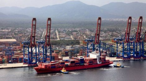 Porto de Santos recebe carregamento recorde nesta segunda-feira
