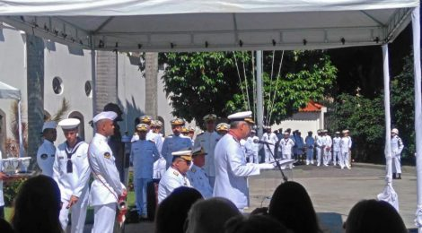 Diretoria do SINDMESTRES participa da Passagem de Comando do 1º Distrito Naval