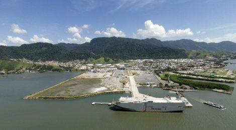 Porto de São Sebastião fecha 1º semestre com alta de 22% na movimentação de cargas