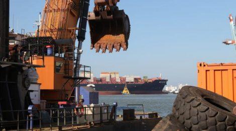 Termina a dragagem da nova bacia de evolução dos portos de Itajaí e Navegantes