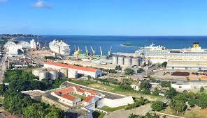 Porto do Recife supera em novembro o total movimentado em 2018