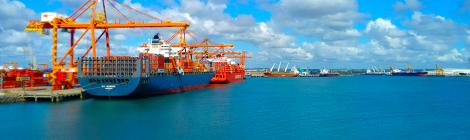 Governo proíbe desembarque em portos de estrangeiros de todas as nacionalidades