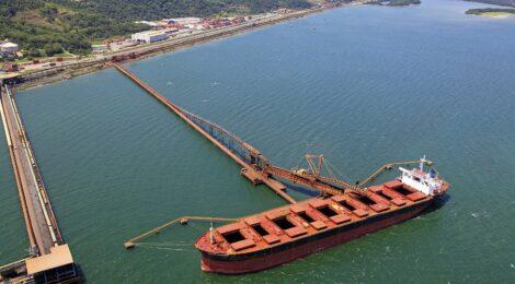 Porto de Itaguaí é o porto público que mais movimenta minério de ferro no Brasil
