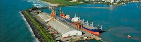 Codeba assina contrato de dragagem no Porto de Ilhéus