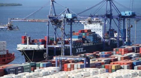 Porto de Paranaguá tem recorde na descarga de granéis sólidos