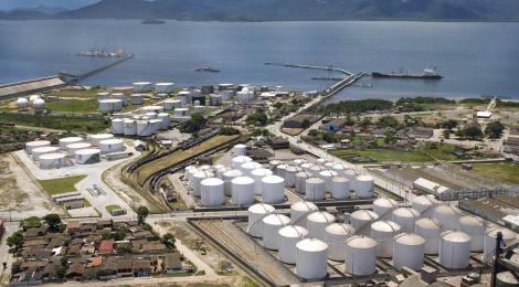 Audiência presencial sobre licitação de terminal de combustíveis em Santos será em 20 de julho