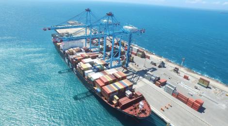 Autoridade Portuária de Roterdão investe 75 milhões no porto brasileiro de Pecém