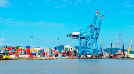 Em outubro, Porto de Itajaí cresceu 82% na sua movimentação total de cargas.