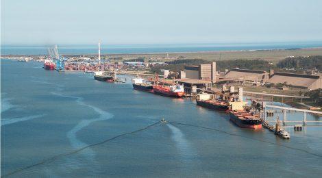Meio milhão de metros cúbicos já foram dragados do Porto do Rio Grande