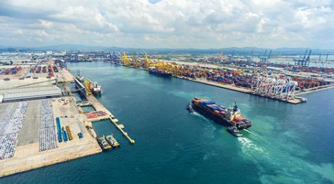 Docas fará contrato emergencial para dragagem de manutenção do Porto