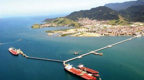 Porto de São Sebastião opera sem licença ambiental
