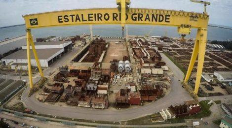 Estaleiro de Rio Grande ganha nova operação como apoio para carregar grandes navios